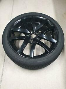 HSV Tyre and Rim