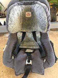 Baby car seat front and rear facing Golden Beach Caloundra Area Preview
