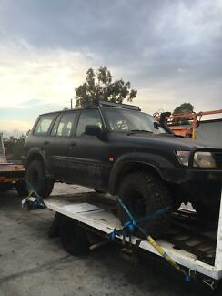 Wrecking 1998 Nissan patrol GU rd28 33s winch bar and winch lifted