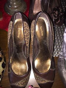 Multiple pairs of. Women's shoes for sale. Size 10 Gatineau Ottawa / Gatineau Area image 1