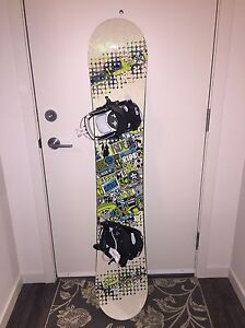 CHEAP barely used snowboard *REDUCED* Edmonton Edmonton Area image 1