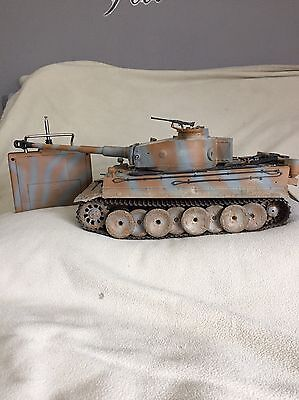 Heng Long Radio/Remote Control RC Tiger Tank 1/16th Scale Super Detail