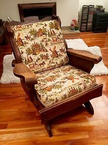 Solid wood rocking chair  West Island Greater Montréal image 2