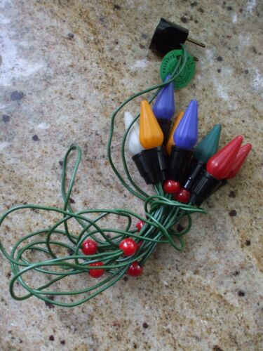 Vintage Christmas Tree Lights String C6 8 Socket w Bulbs Unusual Plastic Berries
