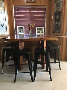 "26"" Black Bar/Counter Stools"
