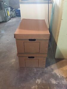 MOVING/STORAGE BOXES
