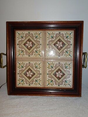 VINTAGE 1980'S?? WOOD FRAMED TILE FLORAL DECOR HANDLED SERVING TRAY