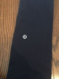 Lululemon Still pant Size 2 Kingston Kingston Area image 3
