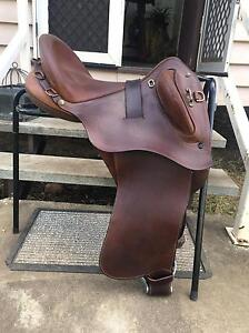 Bates Kimberley Saddle for sale Cambooya Toowoomba Surrounds Preview
