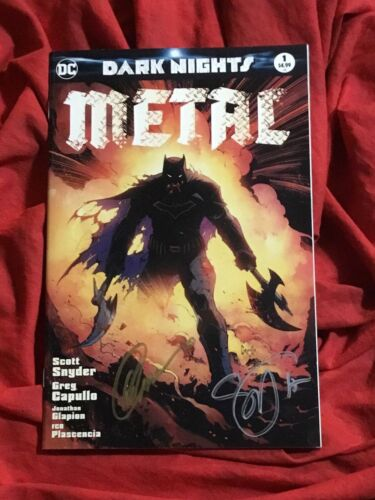 DARK NIGHTS METAL #1~CSA BATMAN VARIANT~SIGNED BY SCOTT SNYDER+GREG CAPULLO~B