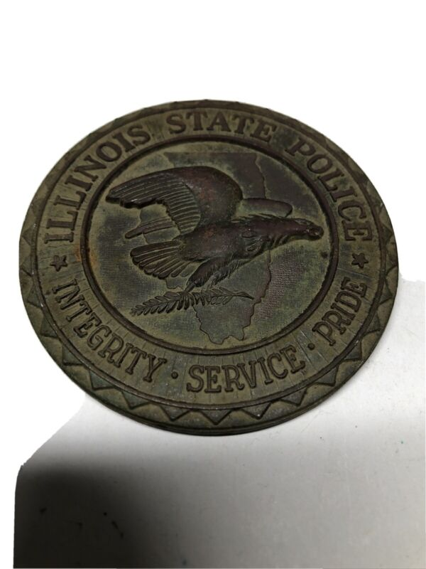ILLINOIS STATE POLICE SERVICE MEDAL ALL BRASS JAMES T. Mcguire February 1969