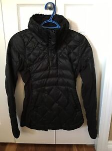 Lululemon down for a run pullover size 4