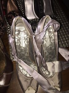 Multiple pairs of. Women's shoes for sale. Size 10 Gatineau Ottawa / Gatineau Area image 2
