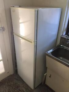 Kelvinator Fridge/Freezer 225L/75L Bondi Beach Eastern Suburbs Preview