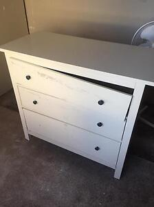 FREE chest draws/ TallBoy Kippa-ring Redcliffe Area Preview