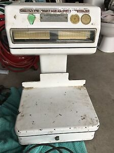 Antique scale  Kingston Kingston Area image 1