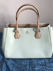 LARGE AUTHENTIC KATE SPADE BAG