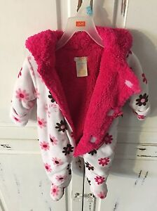 Baby snow suit Cornwall Ontario image 4