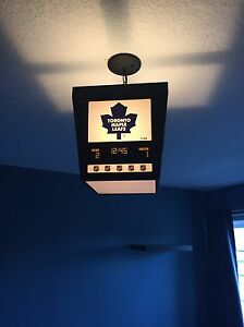 Maple Leafs ceiling light