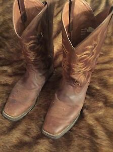 Justin's cow boy boots-men's size 10.5 London Ontario image 1