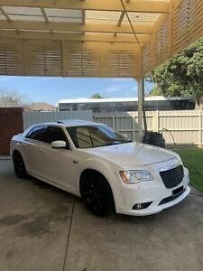Chrysler 300 srt-8 cammed