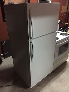 Frigidaire fridge - excellent condition