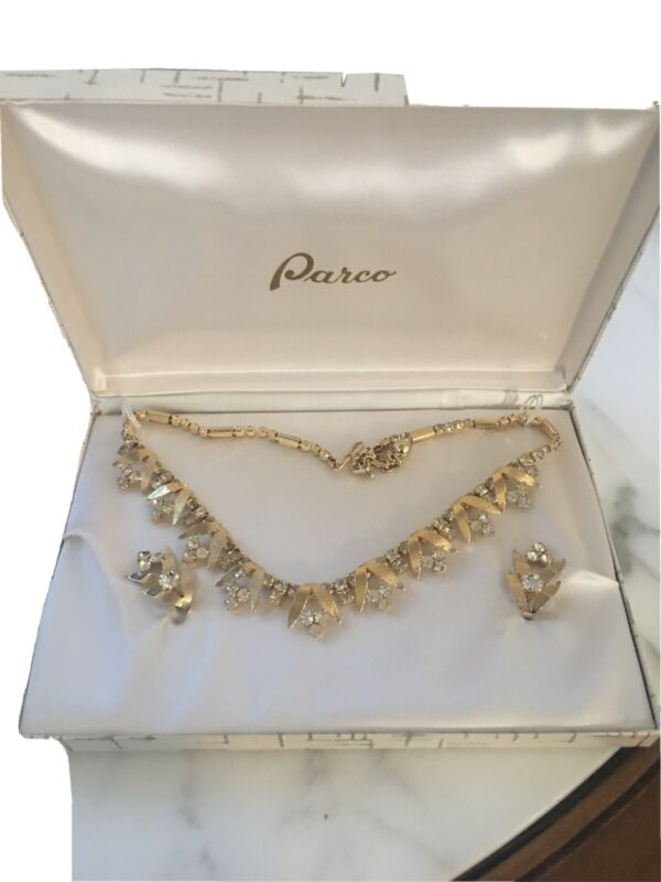 Gorgeous Vintage Parco Demi Parure Jewelry Set Original Box Gold & Rhinestone