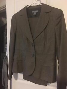 Ladies suit brown - size 10