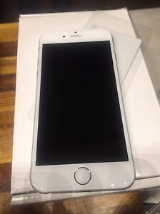 iPhone 6 blanc 64g neuf