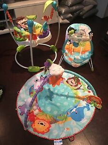 Fisher Price Baby bouncer, floor mat, vibrating chair