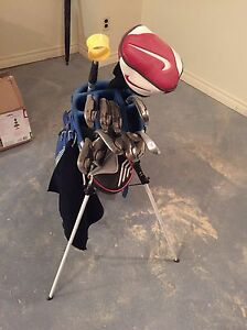 Men's RH Nike golf clubs