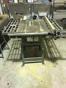 """Tooled 10"""" table saw London Ontario image 3"""