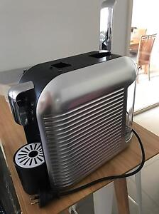 Expressi coffee pod machine (used once- basically new) Mayfield East Newcastle Area Preview