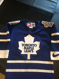 Official NHL, TML kids jersey