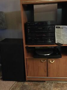 Home stereo receiver with turn table and speakers