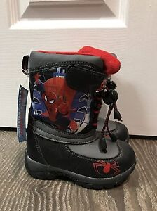 Winter boots size toddler size 6