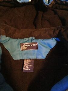 North Peak Snow suit size 6 boys Edmonton Edmonton Area image 2