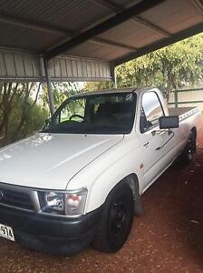 Toyota Hilux 1998 2.7 Unleaded Mount Gambier Grant Area Preview