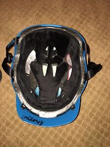 (PRICE REDUCED) Red Mutiny snowboard helmet