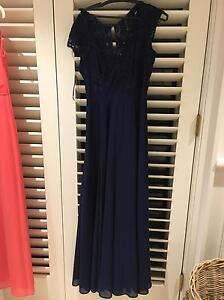**REVIEW Australia** Size 8 Maxi Dress **40% OFF RRP** Point Piper Eastern Suburbs Preview