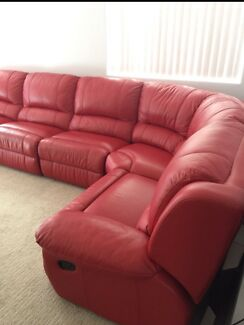 6 Seater Genuine Leather Cream Corner Lounge In Good Condition