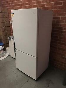 Westinghouse Fridge top Taren Point Sutherland Area Preview