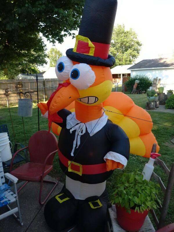 "GEMMY 8-FEET TALL Airblown Inflatable THANKSGIVING TURKEY ""Lights Up"""
