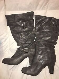 Women's size 7 1/2 boots