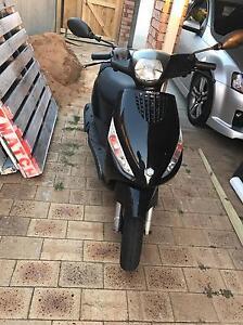 50cc Piaggio moped Munster Cockburn Area Preview