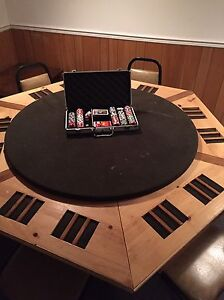 Poker table full set up