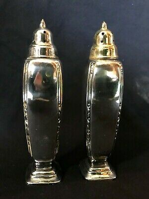 5.5 Tall Silver Salt and Pepper Shaker Tall 1881 Rogers Oneida Silver Plate Salt /& Pepper Shakers in Box Embossed Rose Scroll Design