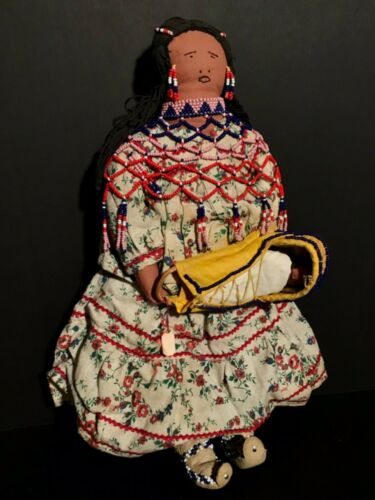 FANTASTIC MID 20TH C BEADED APACHE DOLL,GREAT MOCCASINS,CARVED WOOD PAPOOSE,MINT