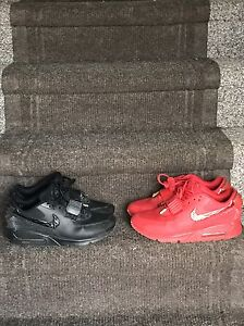 Two pairs Nike Shoes