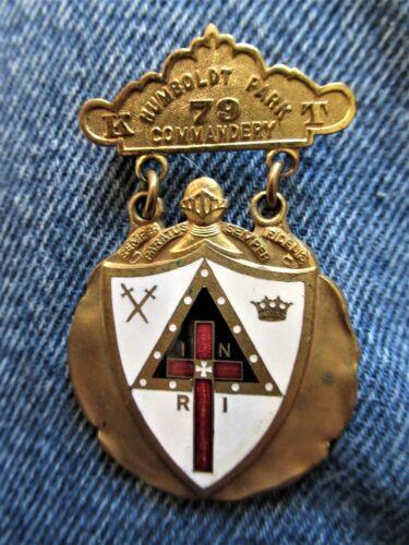 Vintage Knights Humbolt Park, Chicago Illinois Commandery No. 79 Enameled Badge